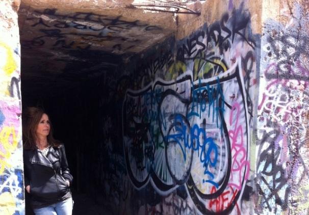 Faraway Laura in mine shaft