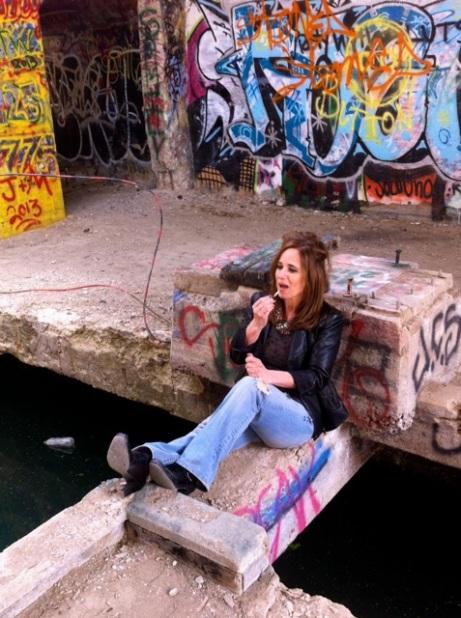 Laura side water1